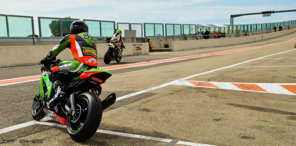 Axel Maurin, pilote du Team CMS, vient de passer 3ème au Championnat en catégorie Superbike grâce à sa régularité lors de cette manche de Ledenon.