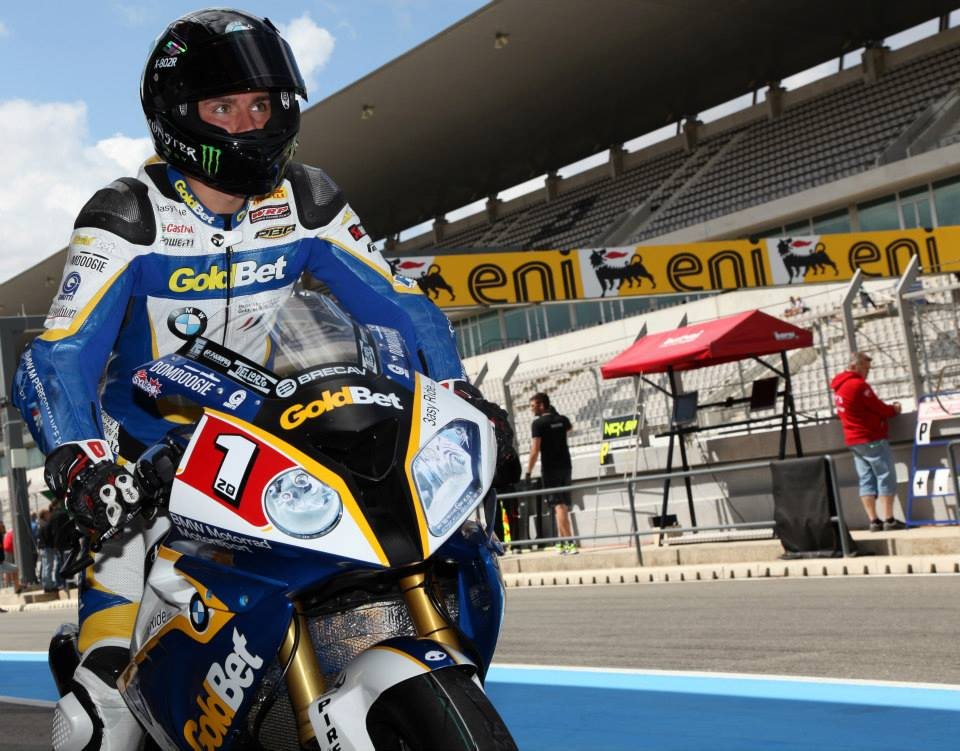 Sylvain Barrier dans la pitlane de Portimao. (Photo  : ©Bertrand Stey)