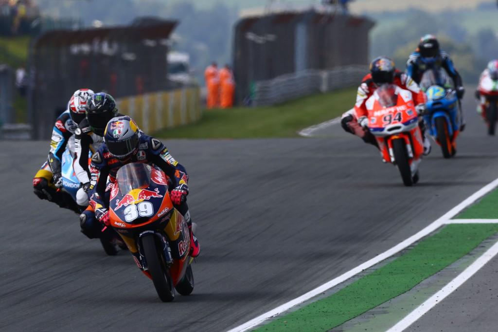 Luis Salom met fin à une série de 3 victoires d'affilé en Moto3. (Photo : Team Ajo)