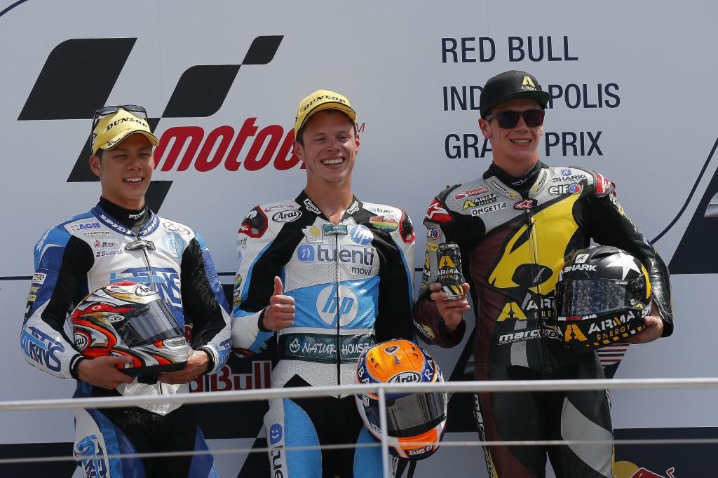 Takaaki Nakagami rate la victoire de pneu. Scott Redding prend encore de l'avance au championnat. (Photo : Team Pons)