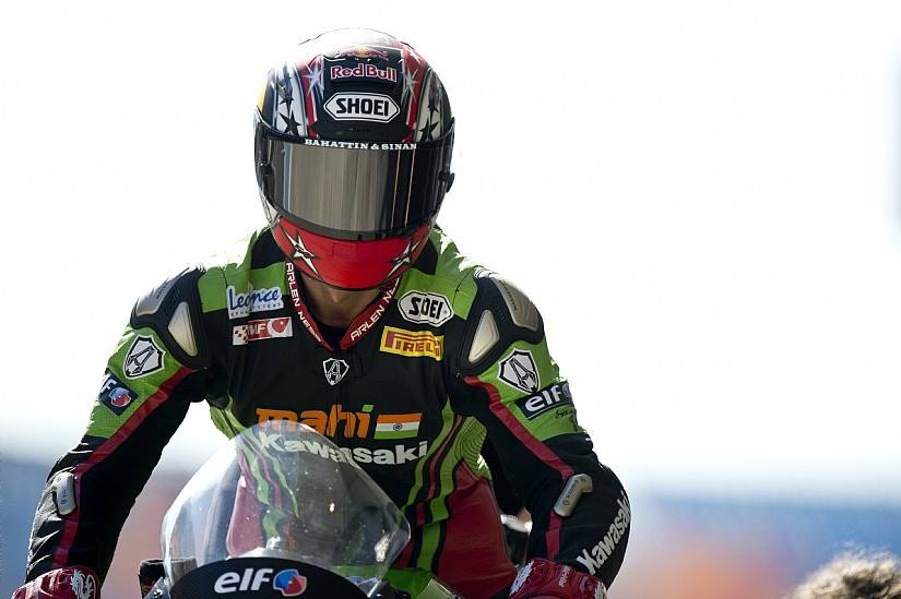 Kenan Sofuoglu remporte la course Supersport devant son public. (Photo : Kenan Sofuoglu).