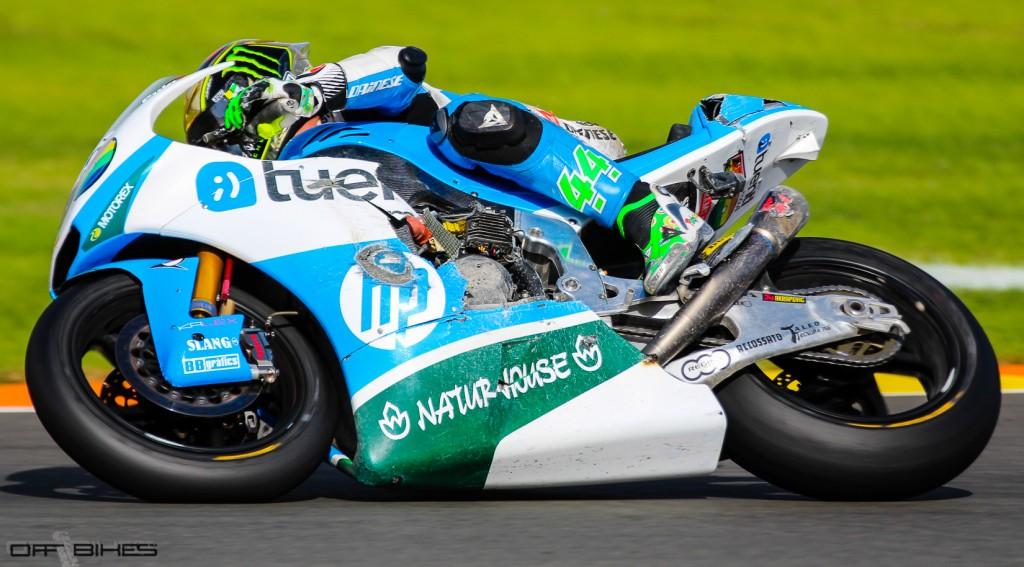 Une chute pour la dernière course en Moto2 de Pol Espargaro. (Photo : Thomas/OffBikes)