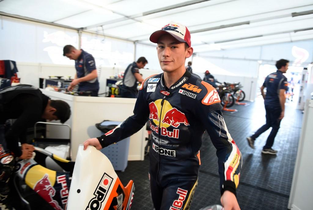 Enzo Boulom a pour objectif de rester en Red Bull MotoGP Rookies Cup pour 2015. (Photo : Red Bull MotoGP Rookies Cup)