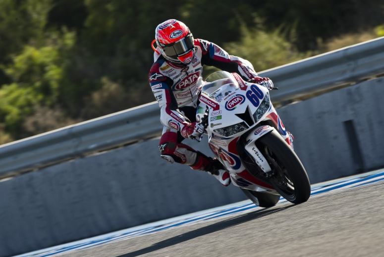 Michael van der Mark n'est qu'à un pas du titre de Champion du Monde Supersport 2014. (Photo : Honda PATA)