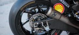 Pneu arrière Bridgestone monté sur une des Ducati Pramac. (Photo : OffBikes)
