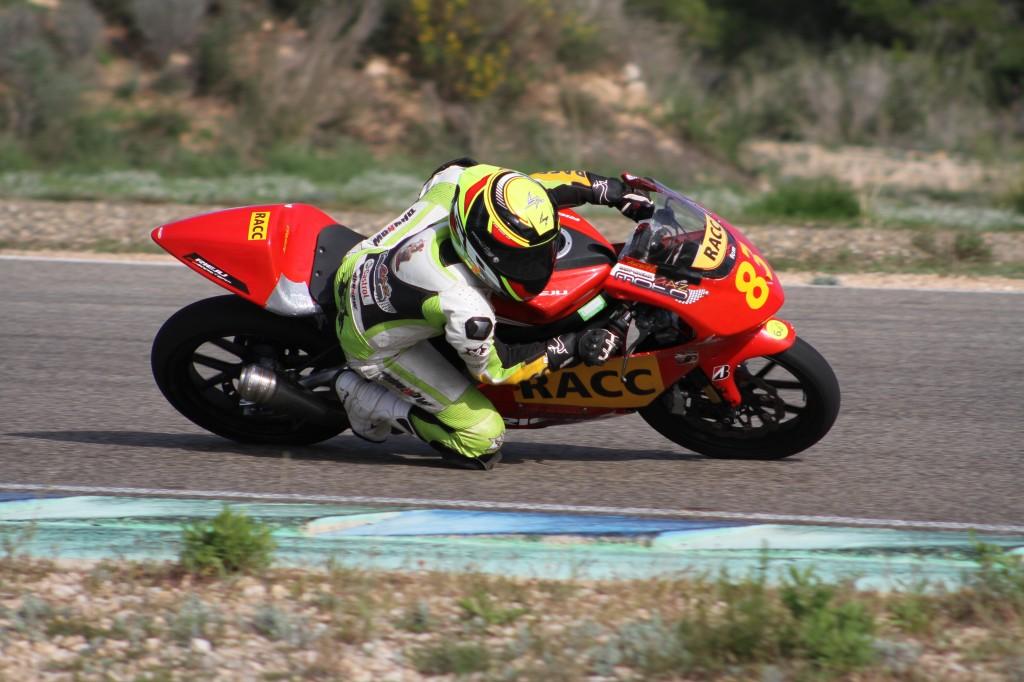 Des couleurs à suivre prochainement en Championnat du Monde Junior Moto3 ? (Photo : Albert Morales)
