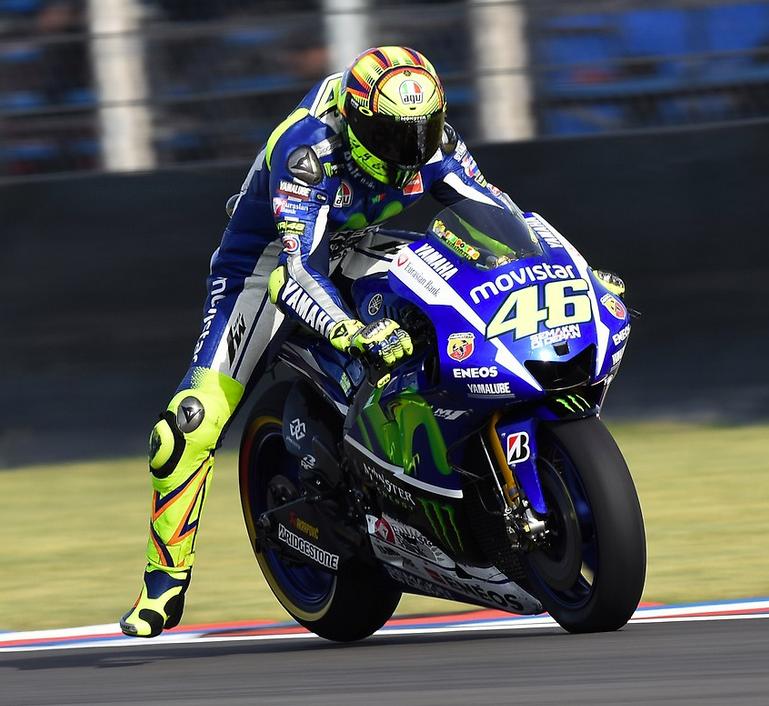 Valentino Rossi sur l'extra dur remporte sa deuxième victoire de la saison. (Photo : Yamaha MotoGP)