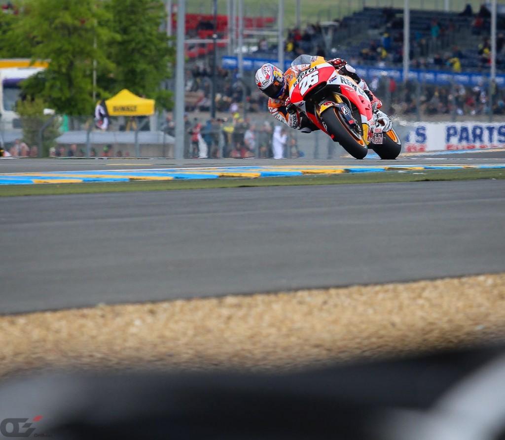 Après son absence pour prendre soin de son bras, Dani Pedrosa a fait son retour lors du Grand Prix de France cette saison. Il est le seul à avoir remporté  au moins un GP de France dans les 3 catégories.