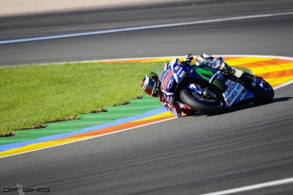 Jorge Lorenzo de retour en piste après son titre dimanche.