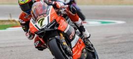 Davies célèbre dignement le 90e anniversaire Ducati. (Photo : Ducati)