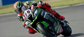 Tom Sykes signe la pole position à Donington. (Photo : KRT)