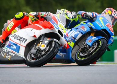 Andrea Iannone est parvenu à rallier l'arrivée en 8e position. (Christian Bourger / Sports-Images)