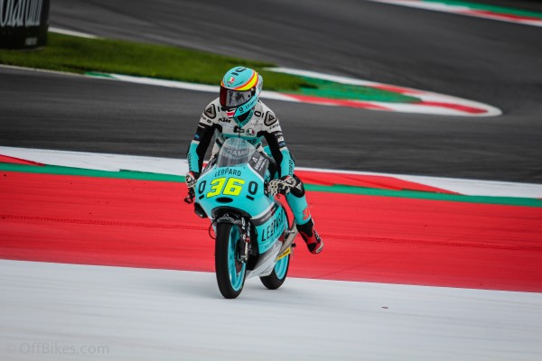 Joan Mir signe la première pole position espagnole de la saison en Moto3.