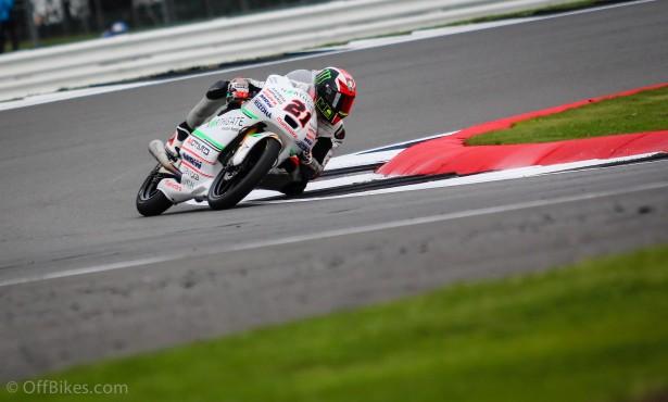 Francesco Bagnaia signe sa première pole en GP.