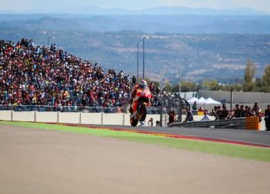 Marc Marquez remporte sa 4e victoire de la saison et s'approche du titre.
