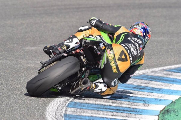 Kenan Sofuoglu jouera une nouvelle balle de match demain face à Krummenacher. (Photo : Kawasaki Racing)