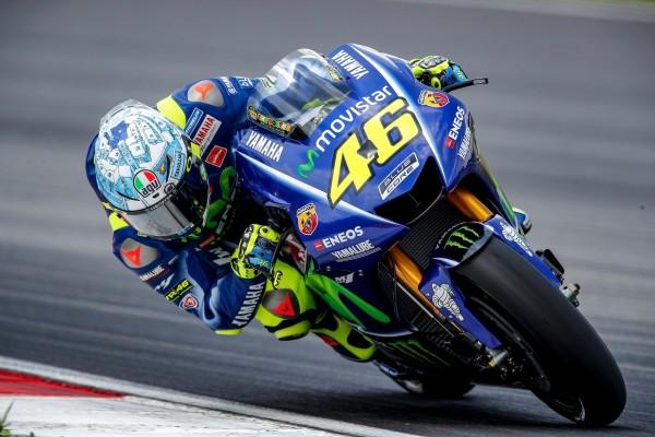 Une migraine et la pluie ont perturbé les plans de Valentino Rossi ce lundi à Sepang (Photo : Yamaha MotoGP)
