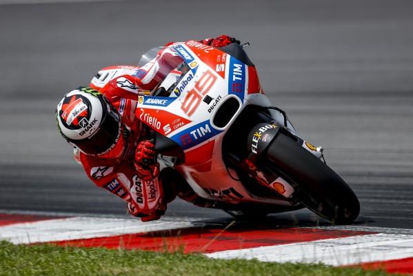 Jorge Lorenzo signe le 17e temps de la première journée à Sepang. (Photo : Ducati Corse)