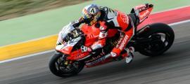 Chaz Davies signe sa première pole position de la saison et sa première au MotorLand. (Photo : Ducati)