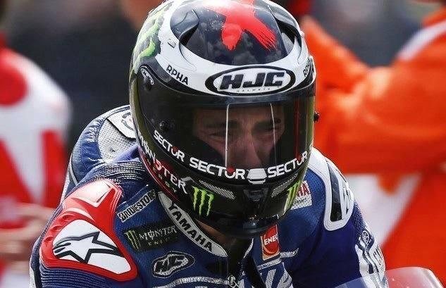 Les larmes de douleur et d'émotion de Jorge Lorenzo, héroïque sur le circuit d'Assen.
