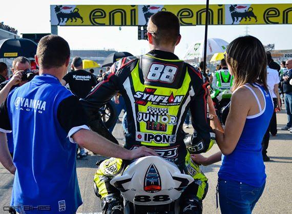 Mathieu Marchal sur la grille de départ, le Samedi, au MotorLand Aragon. (Photo : Line Biau/©OffBikes)
