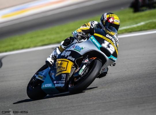 Tom Luthi mène le vendredi à Valencia.