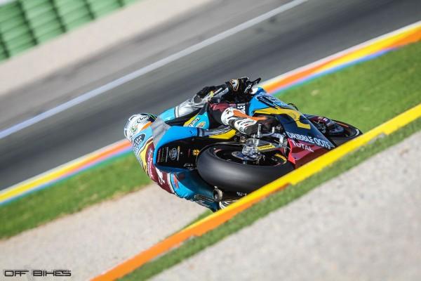 Tito Rabat revient de blessure et signe la pole position à domicile.